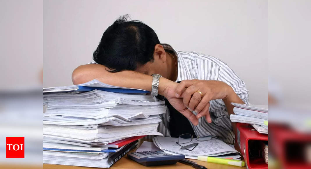 The dangers of sleeping while sitting: Can it be fatal?