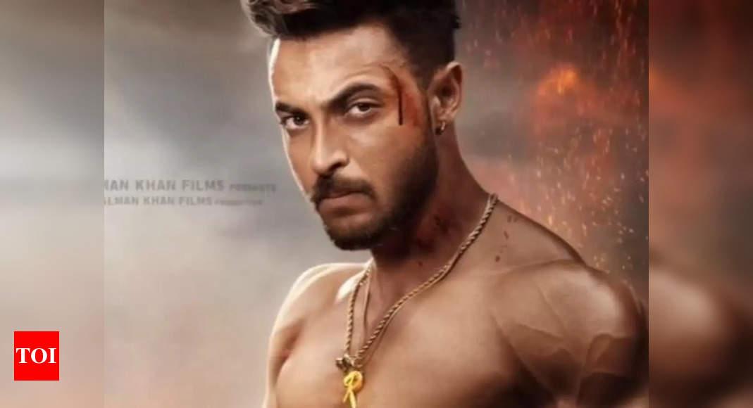 Salman drops new Antim poster with Aayush