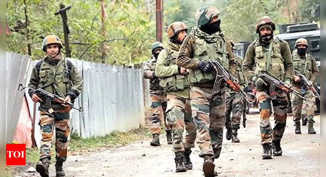 Cop among 2 more persons held in Jammu weapon dropping case