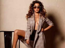 Tina Datta's shirtless blazer look grabs attention