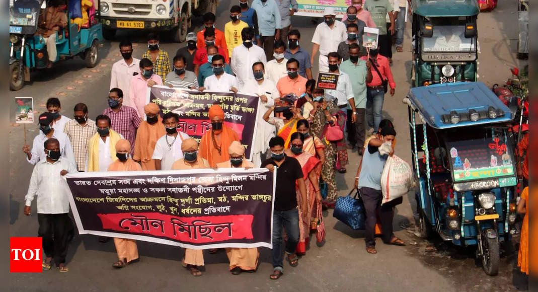 Protests in Bangladesh against communal violence thumbnail