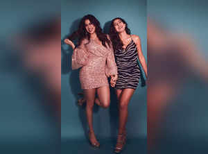 Stylish pictures of BFFs Janhvi and Sara