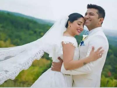Neha Bhasin wishes hubby Sameer on 5th anniv