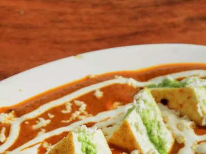 How to make restaurant-style Paneer Pasanda