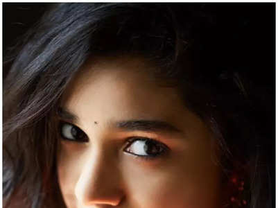 10 Pretty Pictures of Krithi Shetty