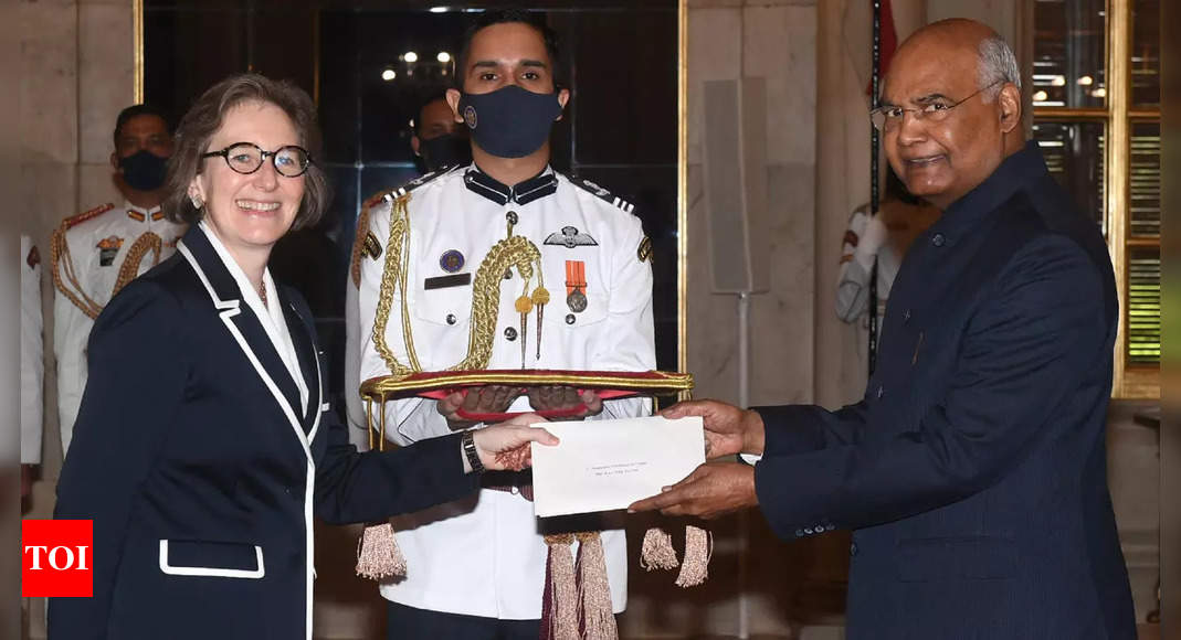 President Ram Nath Kovind accepts credentials from envoys of 4 countries