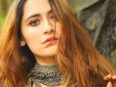 Sanjeeda Shaikh oozes oomph in stylish pics