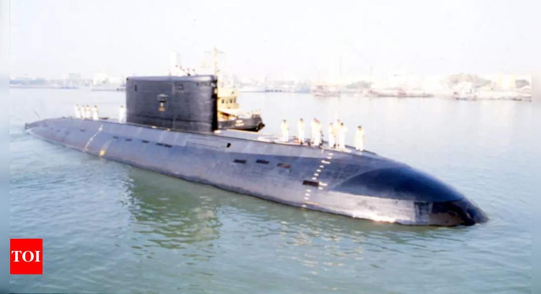 CBI arrests Navy commander, 2 retired officers in information leak case