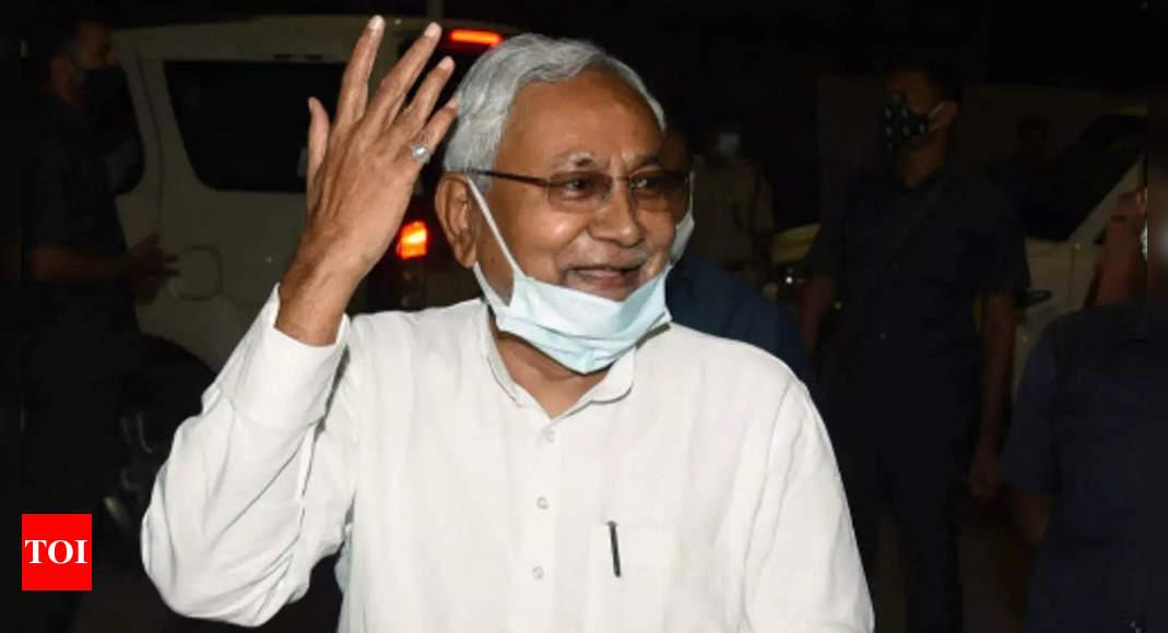 Lalu Yadav can get me shot, but cannot do anything else: Nitish Kumar