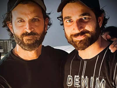 Hrithik Roshan poses with his body double