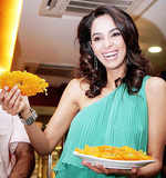 Mallika Sherawat makes hot jalebis!