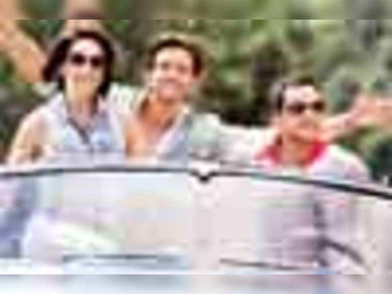 Hrithik, Farhan, Katrina, Kalki on the road