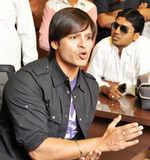 Non-bailable warrant against Vivek