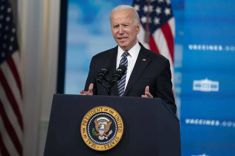 Joe Biden signs an executive order to prevent cyberattacks in the US