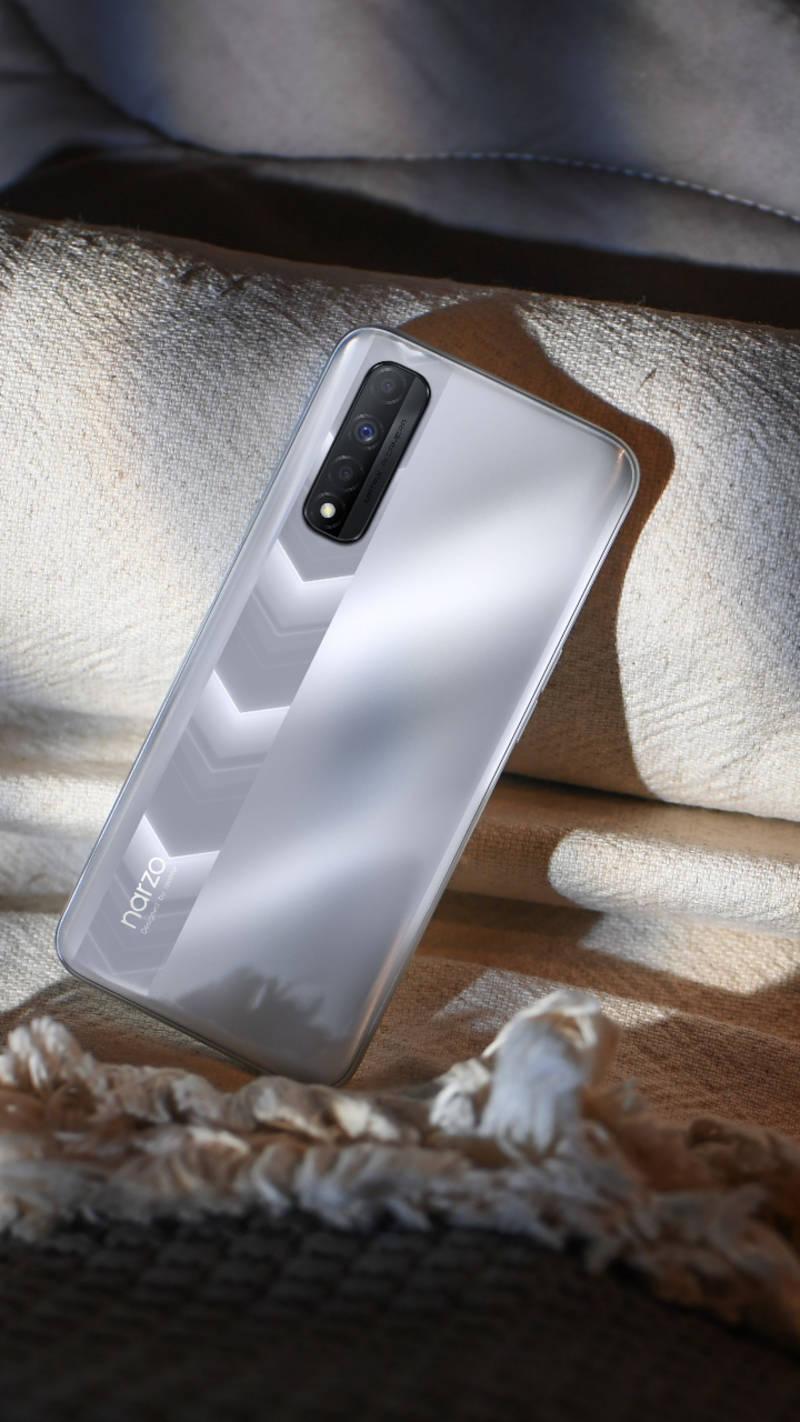 Realme Narzo 30 vs Xiaomi Redmi Note 10: How the two budget phones under Rs 15,000 compare