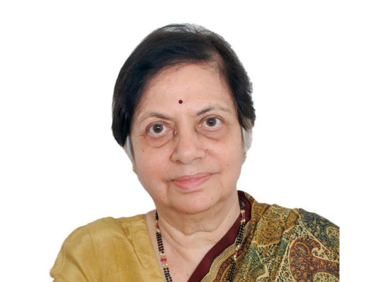 Mumbai: Former SC Judge Sujata Manohar awarded Ginsberg Medal of Honour    Mumbai News - Times of India