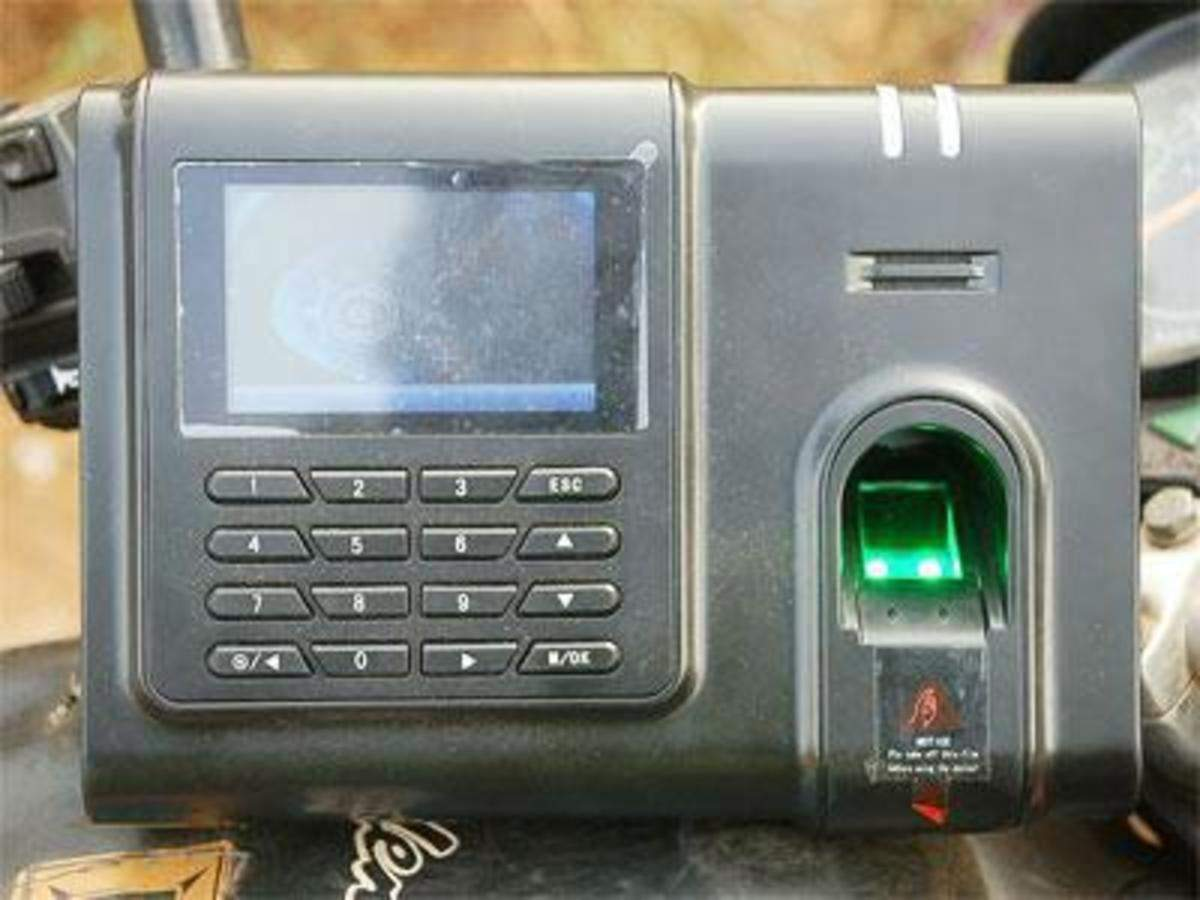 Biometric attendance machines in government colleges | Kolkata News