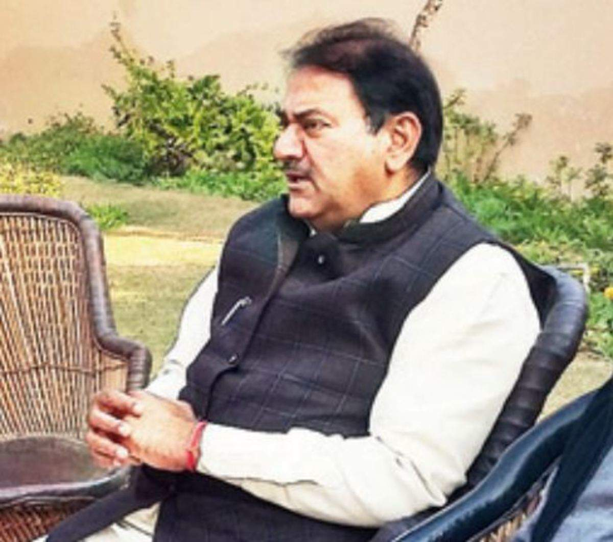Abhay Chautala tells police to question Gopal Kanda, Jagga