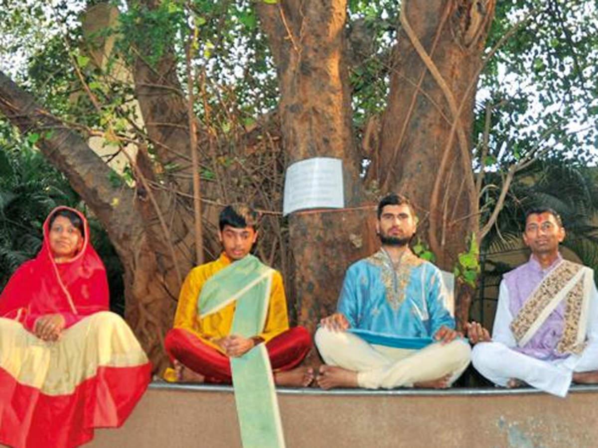 Mumbai IITian gives up cushy job, family for 'diksha' | Mumbai News