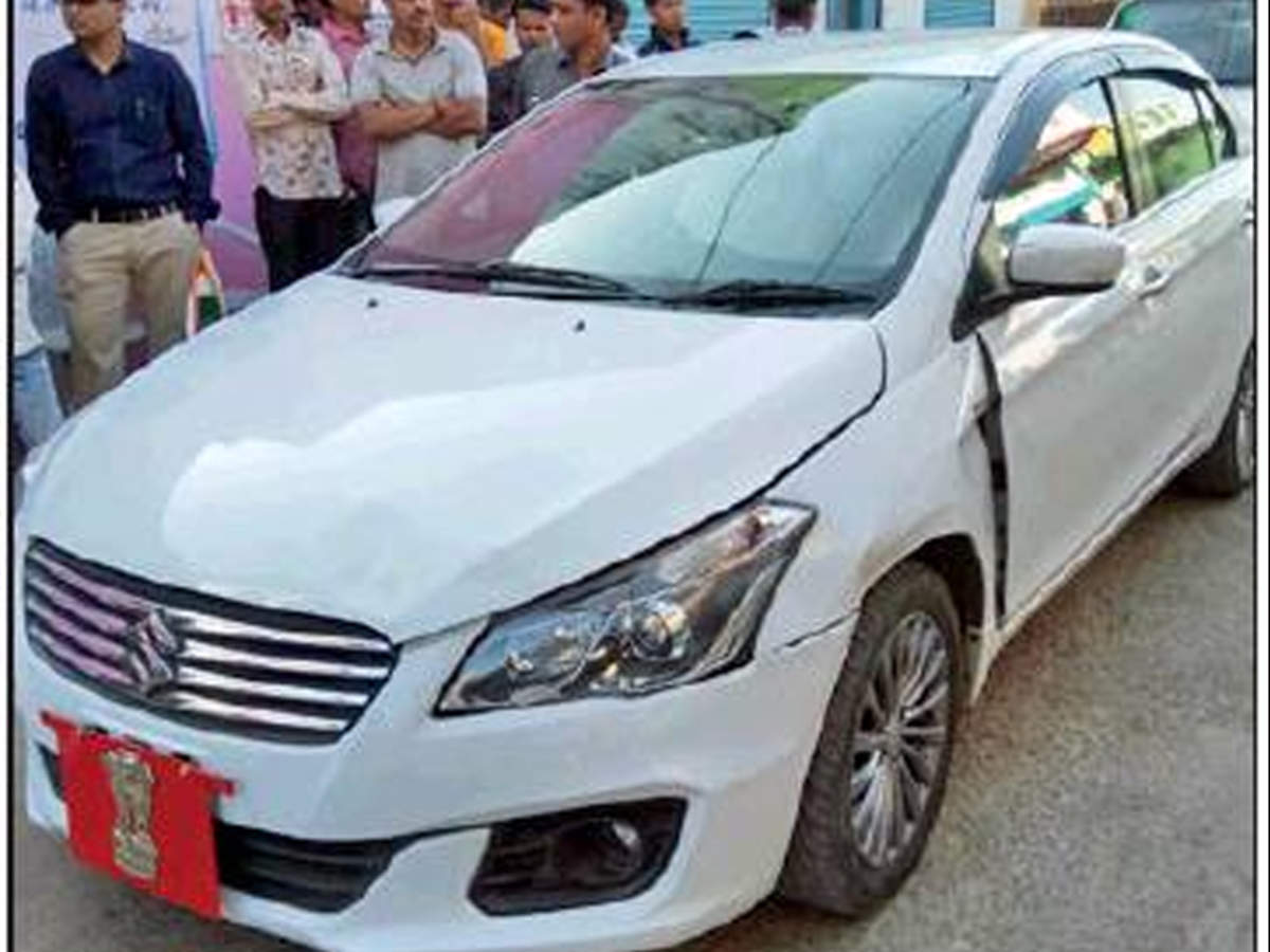 Anandiben Patel Mp Governor Anandiben Patel S Car Hits A Stray Cow