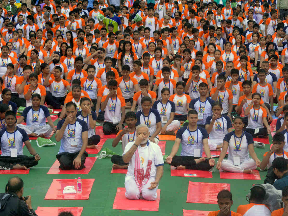theme of this year s world yoga day is yoga for heart naik india news times of india