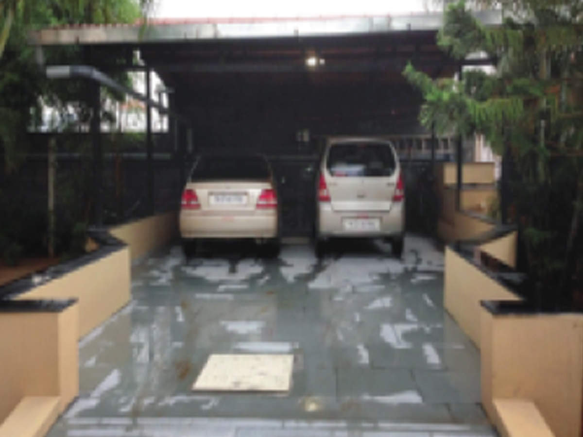 Vellore doctor parks his cars over 60,000 litres of water | Chennai