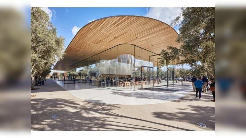 Apple's spaceship campus is based on Steve Jobs' vision
