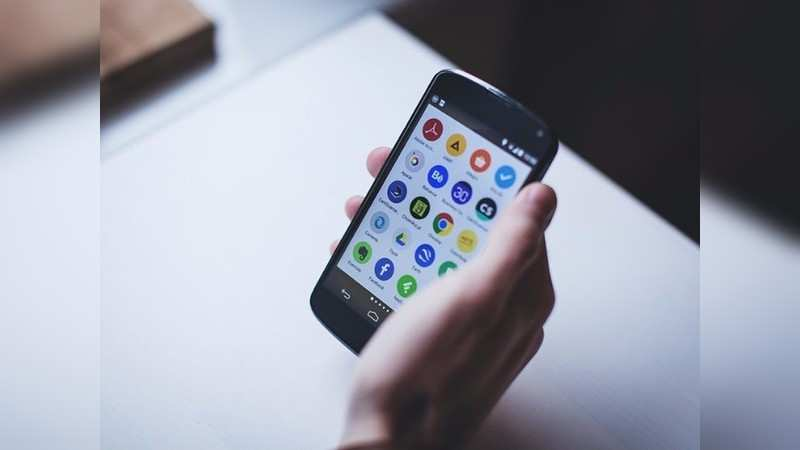 15 versions of popular apps that save your data and storage