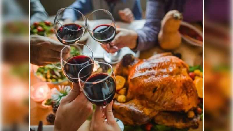 Fake dine and wine offers for New Year's eve