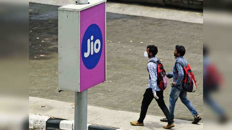 Reliance Jio: Rs 2599 plan, offers 365 days validity