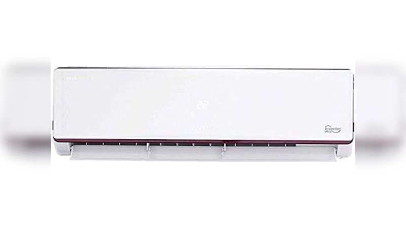 Voltas 1.5 Ton 4 Star Inverter Split AC: Selling at Rs 32,490 (Discount of Rs 27,500)