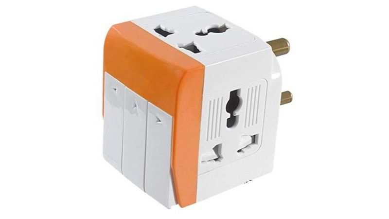 Gadget Wagon Plastic Universal Input 3 Way Socket: Selling at Rs 375 (Discount of Rs 225)