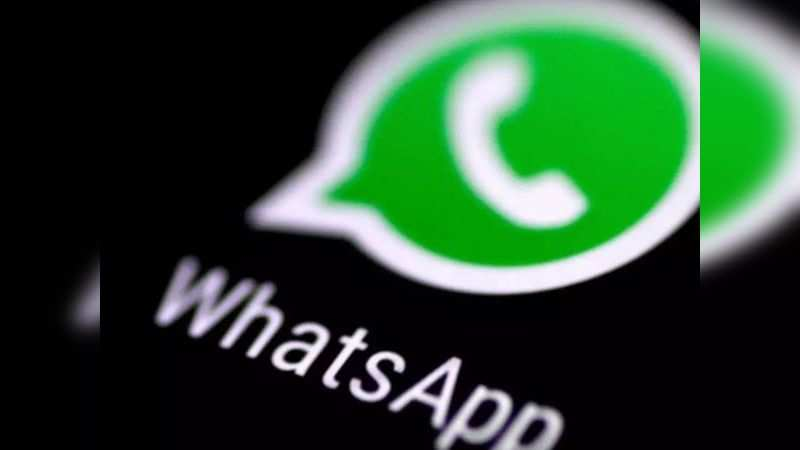 ​The scammer send messages to the contacts of the hacked WhatsApp account pretending to be friends