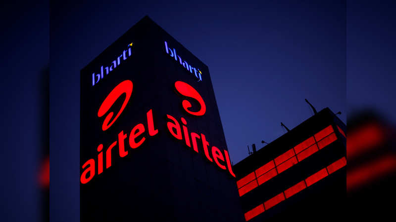 Airtel too may launch phones with Lava and Karbonn