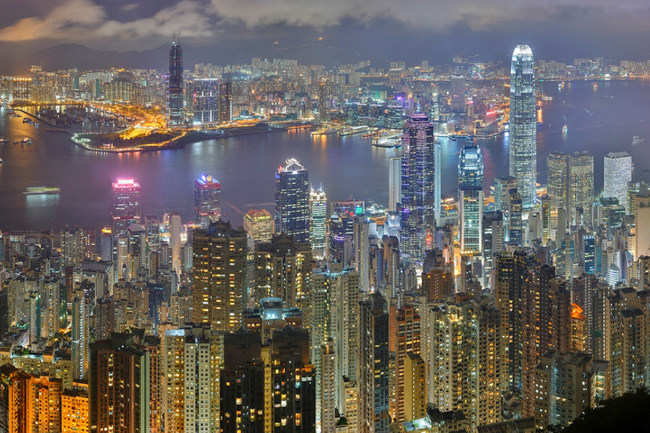 This oriental pearl dazzles—Hong Kong-Macau