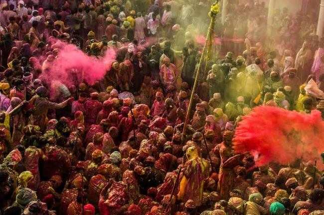 Of playful lathi charges and more…