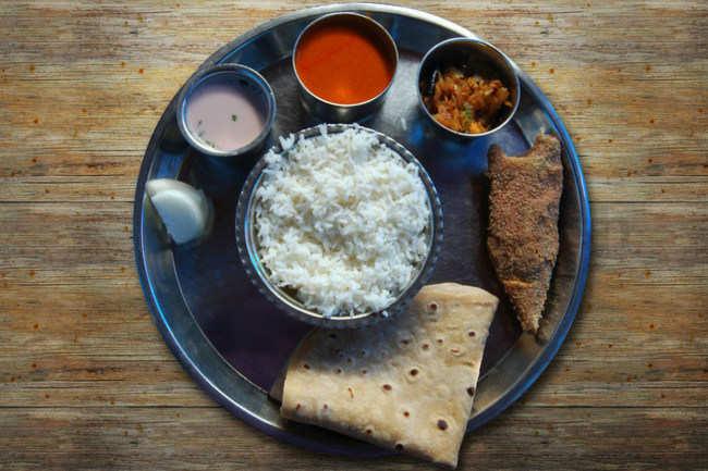 Sol kadhi and Bangda fry