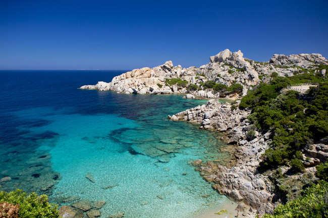 Sunbathe in Sardinia