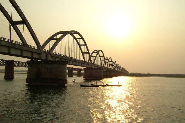 Godavari Arch Bridge, Rajahmundry