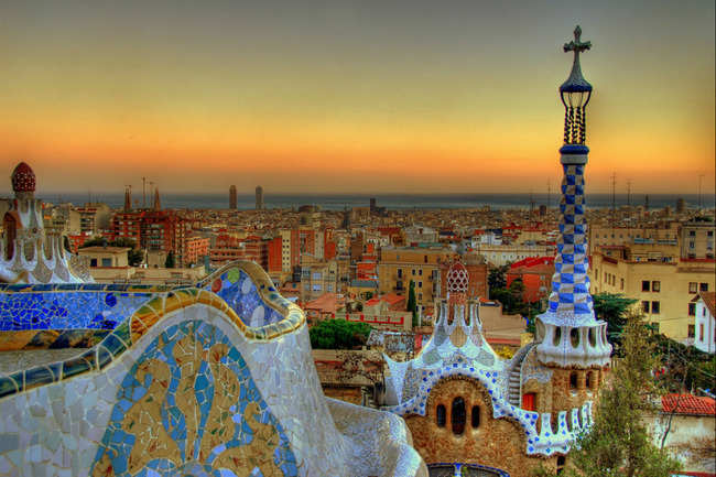 Explore the fantastic architecture of Antoni Gaudí