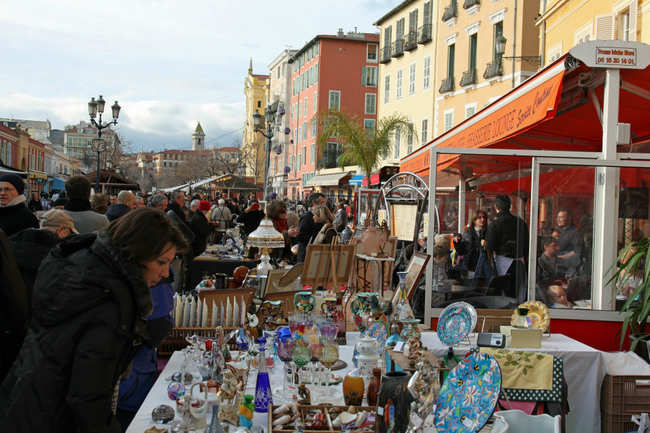 Stroll along the Cours Saleya