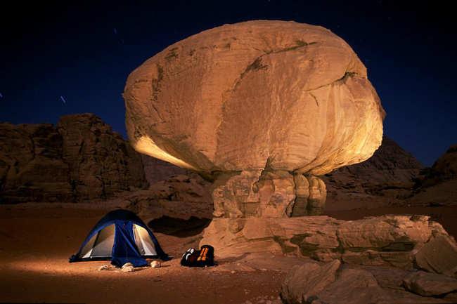 Camel and jeep safari in Wadi Rum