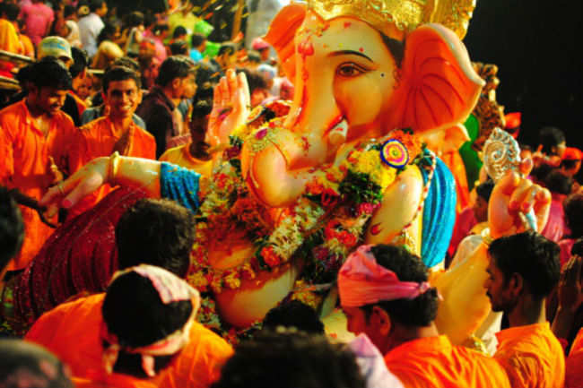 Mumbai in the hues of its most vibrant festival