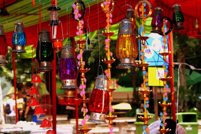 Irresistible vibrant lamps