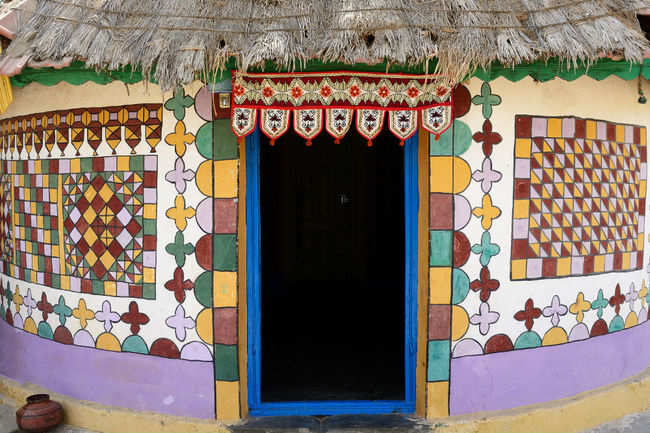 A medley of colours and traditions - Gujarat
