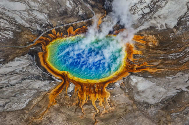 Breathtaking pictures of Yellowstone National ParK in the US