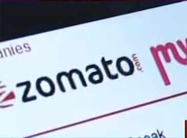 8b003c621 The battle for supremacy in India s bulging e-commerce market between  e-commerce giants like Amazon